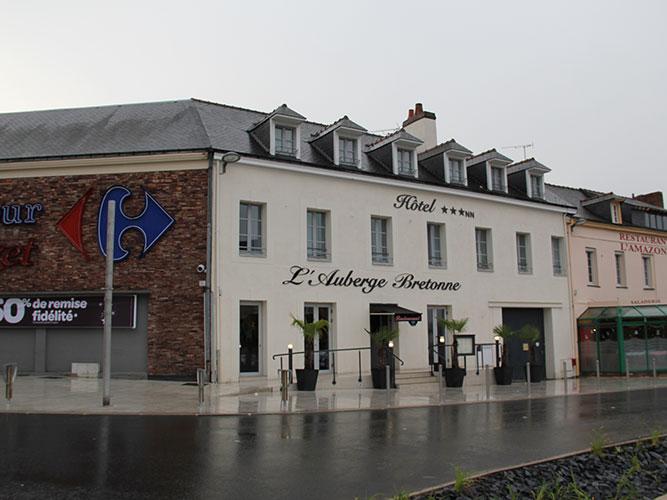 FACADE-Auberge-Bretonne