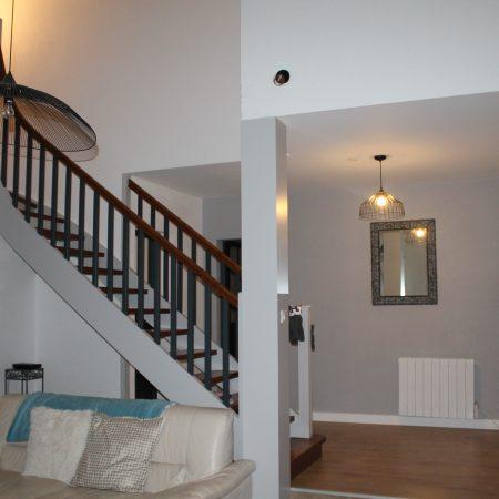 Pose sol + peinture murs plafond et escalier